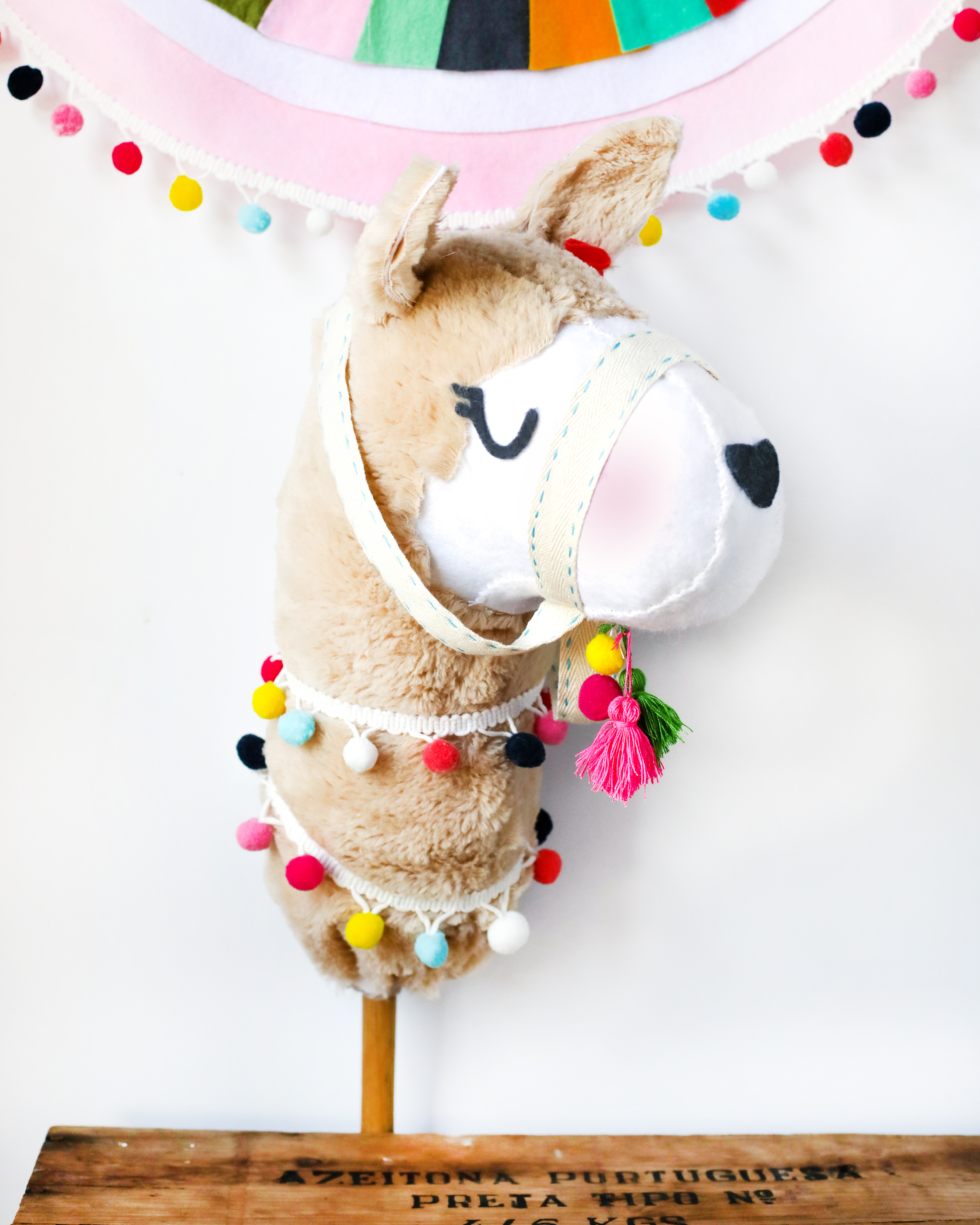 Llama Hobby Horse Birthday Party Favor